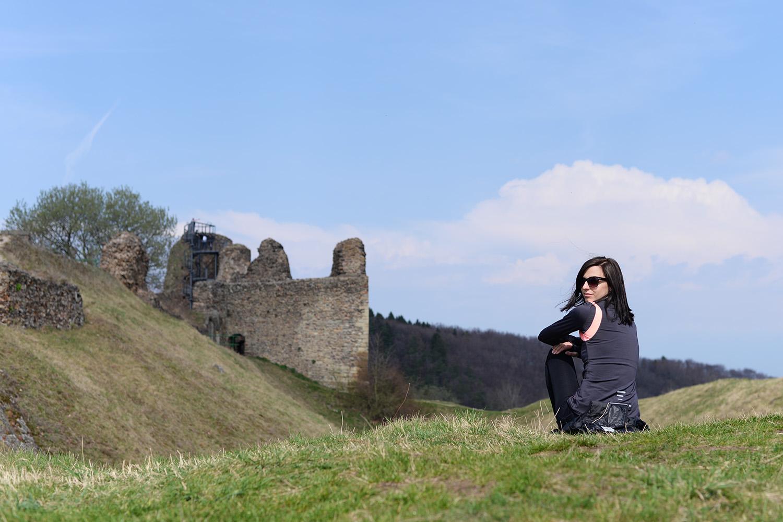 Na hradě Lichnice mají novou vyhlídkovou věž. Hezký výhled je ale i z okolních valů