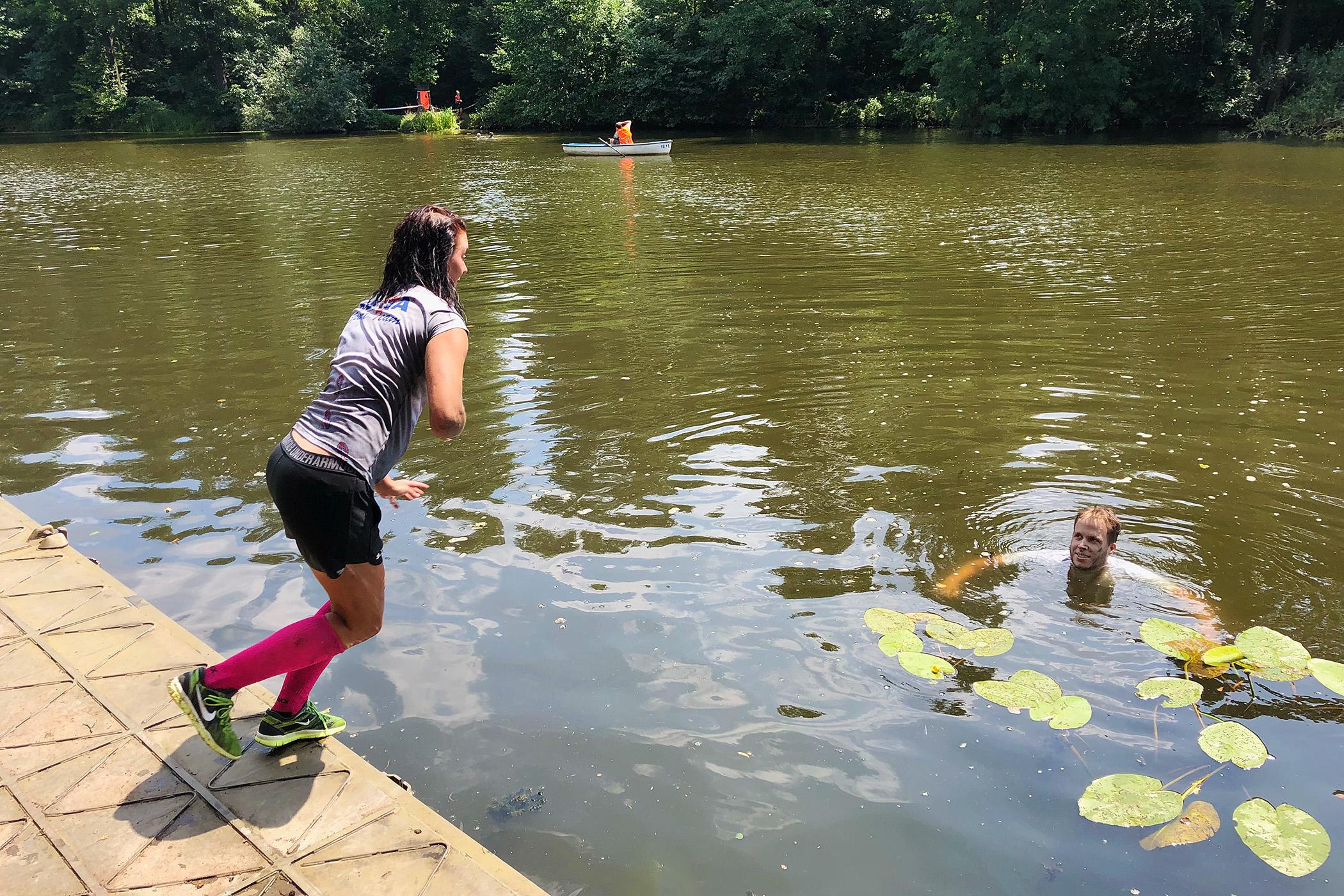 Koupání v rybníku je spíš pro odvážné