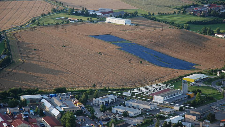 Solární elektrárna u Chrudimi