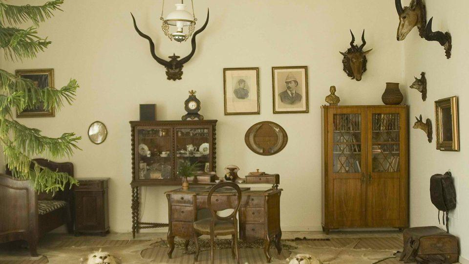 Stylizovaná místnost v Africkém muzeu Dr. Emila Holuba