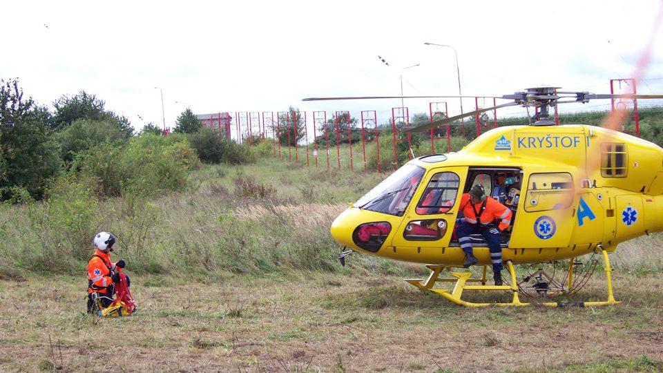 Letecká záchranná služba Hradec Králové při zásahu