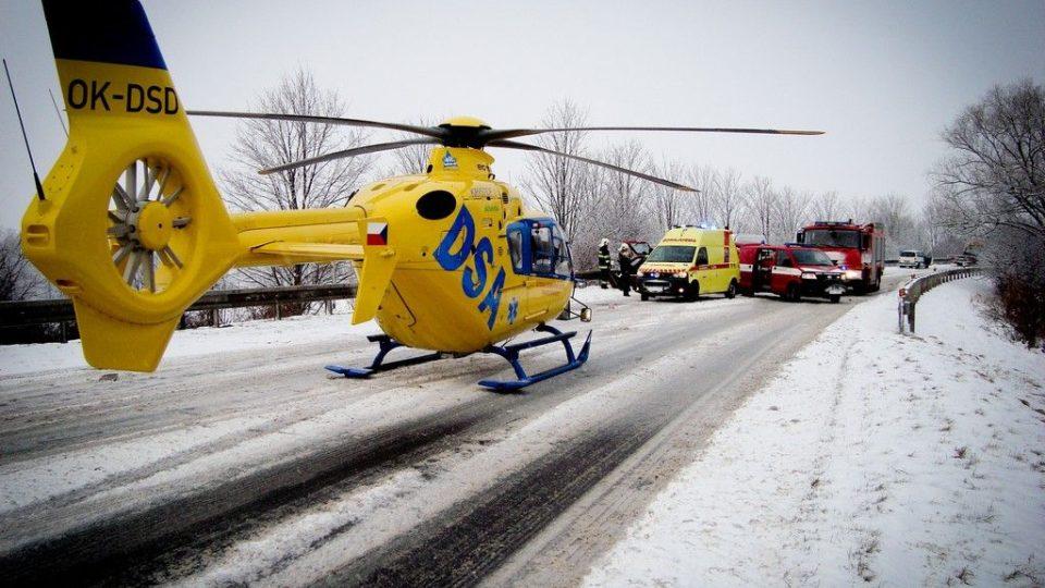 Zásah u zimní dopravní nehody na Jičínsku