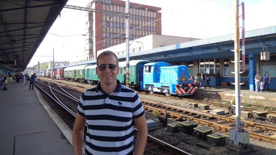 Michal Žák na nádraží v Chebu
