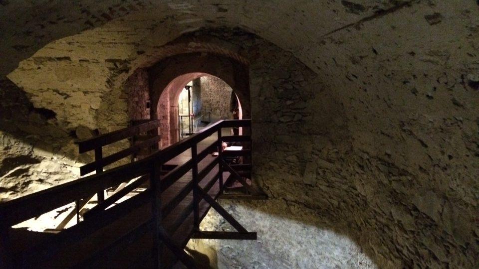 Na hradě se můžete projít podzemními prostorami