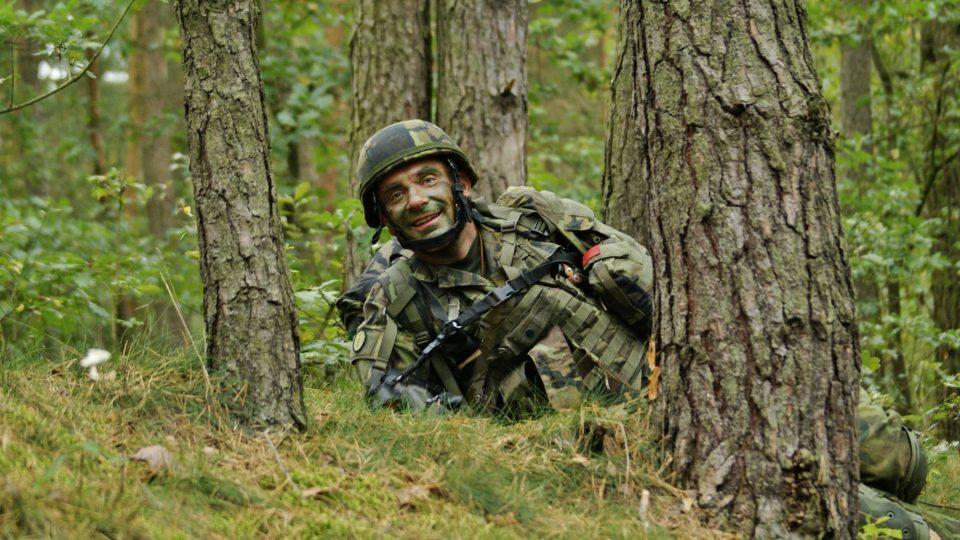 Vojenský kaplan Milan Novotný při cvičení SKY SOLDIER II