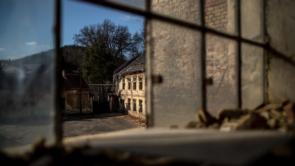 Z tzv. Schindlerovy továrny v Brněnci by měl být památník holocaustu