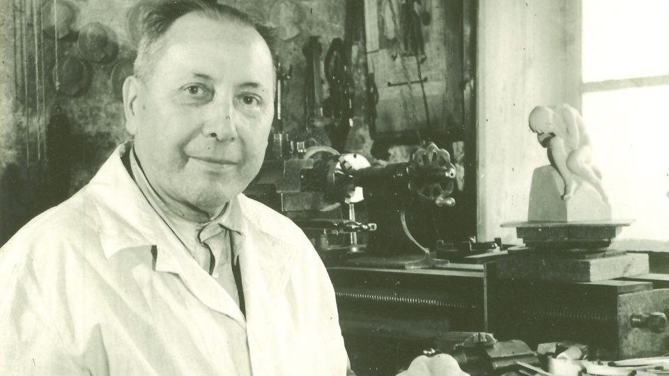 František Formánek ve svém ateliéru v České Třebové ke konci svého života