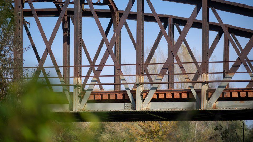 Po mostě, kterému se říká Kohnův nebo Zeleňák zase brzy bude možné legálně chodit