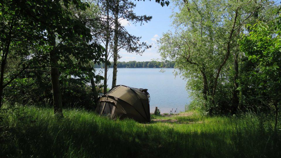 Tábořiště u rybníka Oplatil