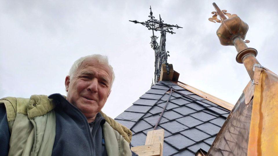 Vladimír Velfl je klempíř, pokrývač a tesař v jedné osobě