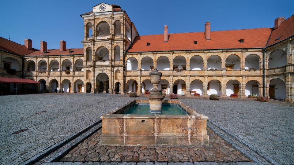 Věž zámku v Moravské Třebové byla reprezentativním místem setkávání