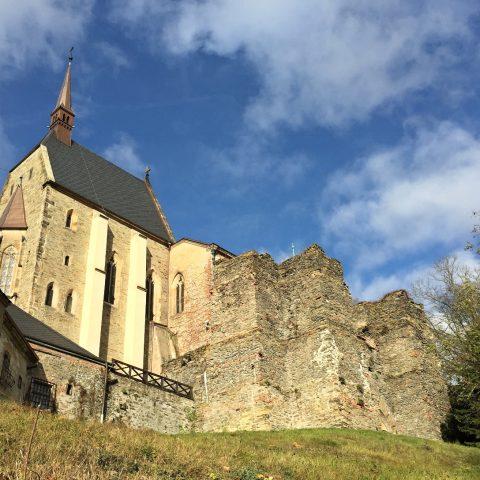 Rekonstrukce hradeb na hradě Šternberk
