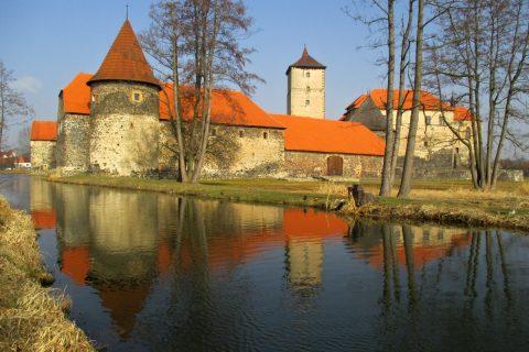Vodní hrad Švihov v plné síle