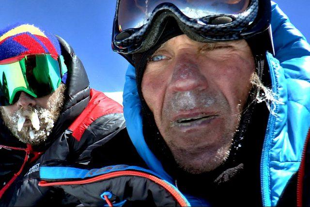Marek Holeček a Zdeněk Hák na vrcholu hory Gasherbrum I