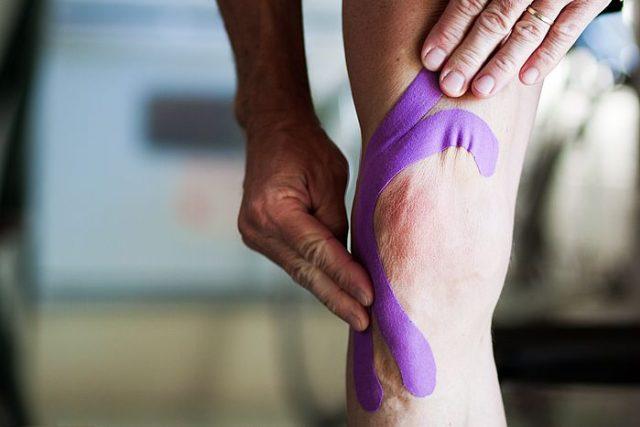 Kinesio tejpování podporuje správnou funkci svalů, lymfatického systému a kloubů