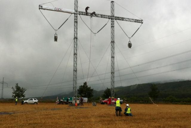 Cvičení Restart. Energetici a záchranáři na východě Čech nacvičovali postup při rozsáhlém výpadku proudu
