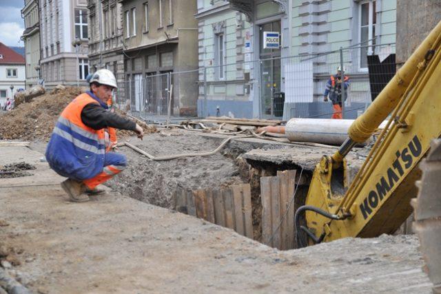 Dopravní komplikace v Děčíně kvůli opravám vodovodů a kanalizace