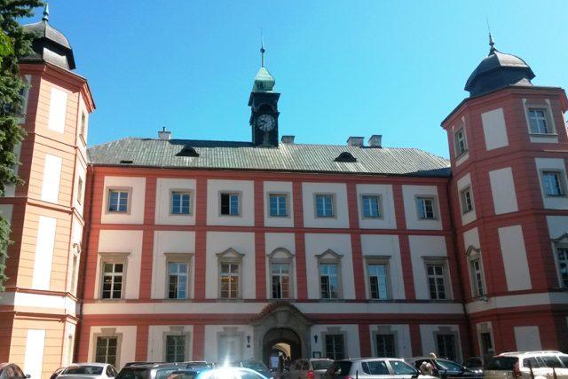 Zámrsk - budova archivu