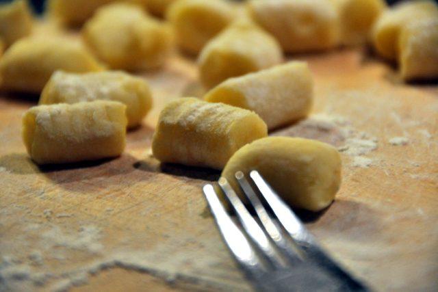 Gnocchi si doma snadno připravíte | foto:  commons.wikimedia.org