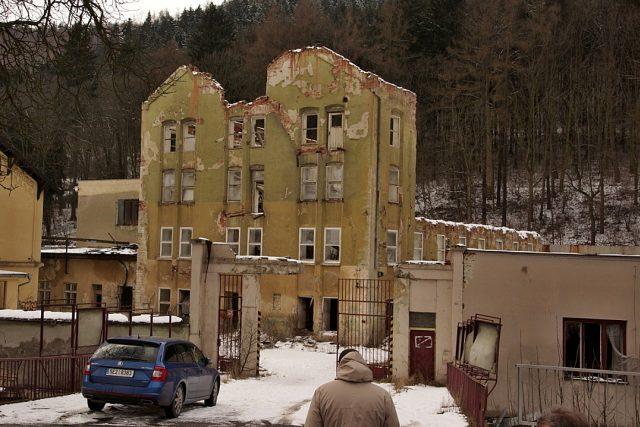 Bývalá Schindlerova továrna v Brněnci u Svitav