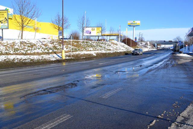 Výtluky na silnici I/34 ve Svitavách