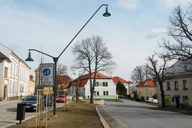 Nové lampy veřejného osvětlení v Nasavrkách