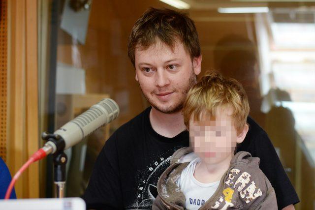 Dominik Landsman se synem