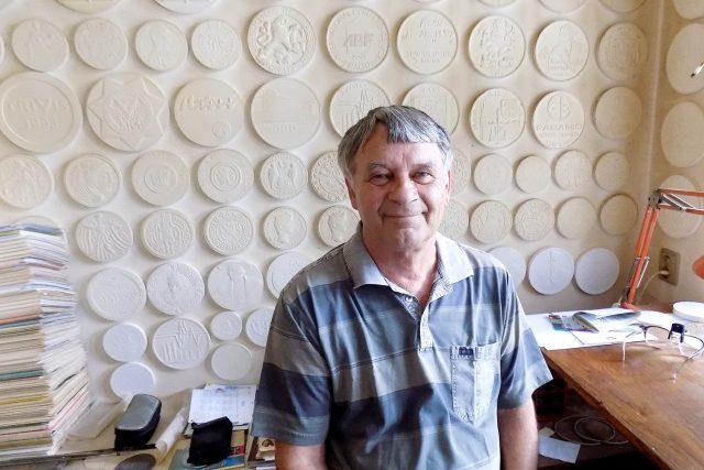 Medailér a akademický sochař Jan Lukáš