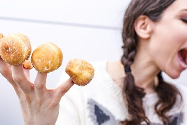 sladkosti - nezdravé jídlo - cukr - přejídání