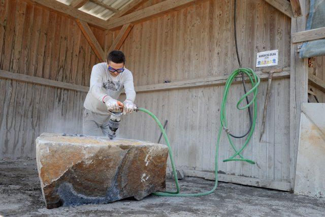 Lámání kamene může v Budislavi pokračovat  (ilustrační foto) | foto: Honza Ptáček,  Český rozhlas