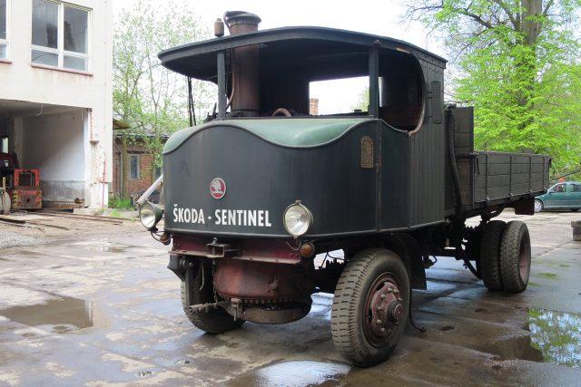 Parní nákladní automobil Škoda Sentinel se vyráběl v letech 1924 - 1935