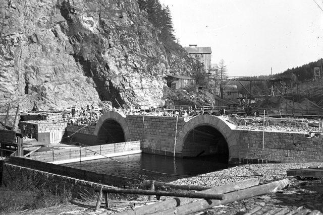 Výstavba přehrady Seč