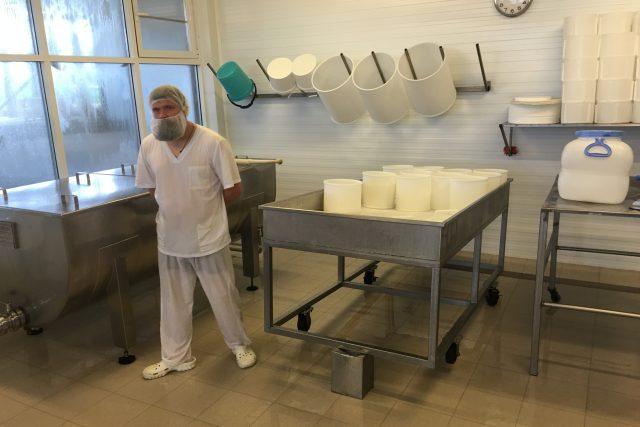 Výroba sýrů  (ilustrační foto) | foto: Martin Dorazín,  Český rozhlas