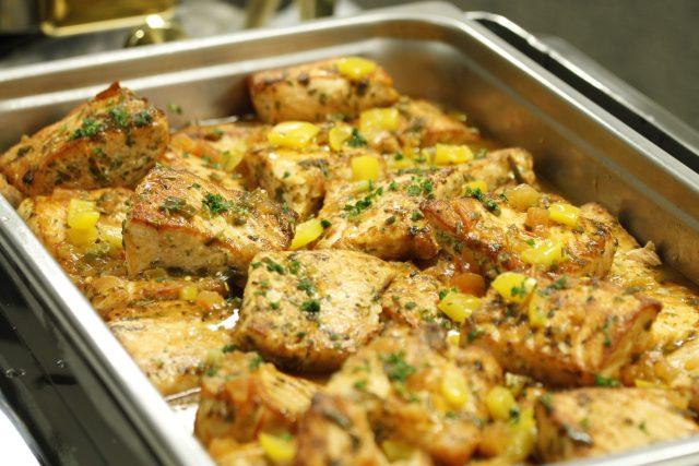 Kuřecí maso je vhodné pro jakoukoliv tepelnou úpravu - jednoduchou i náročnou  (ilustrační foto) | foto: Daniel Sone