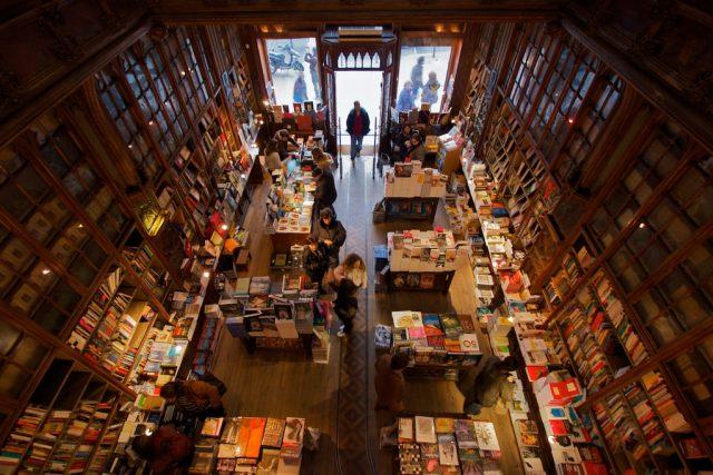 Knihkupectví  | foto:  CC BY-NC-ND 2.0,   Natalia Romay Photography