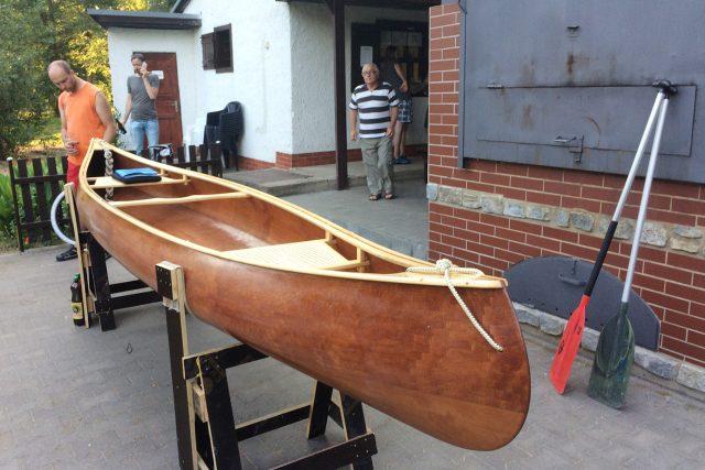 Petr Tlapák pojede na vlastnoručně vyrobené lodi z Žižína do Hamburku