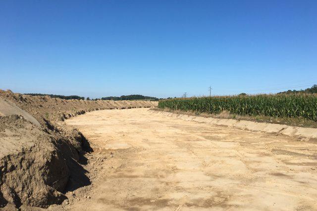 Archeologický průzkum pod budoucí D35 se posunul k obci Časy