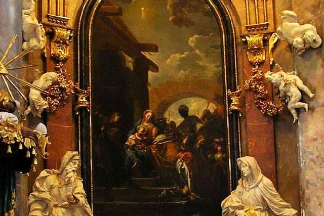 Obraz Klanění Tří králů od Petra Brandla na oltáři kostela ve Smiřicích