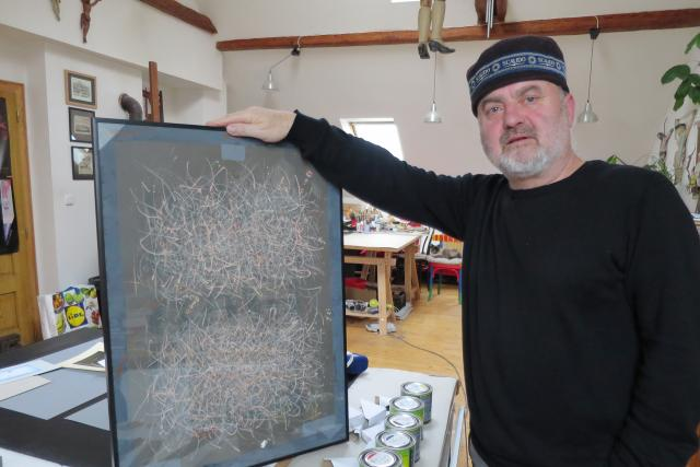 Výtvarník Ivan Baborák ukazuje své nové obrazy