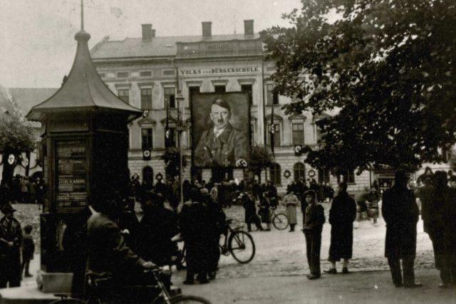 Oslava vůdce Adolfa Hitlera v Grulichu, Králíkách