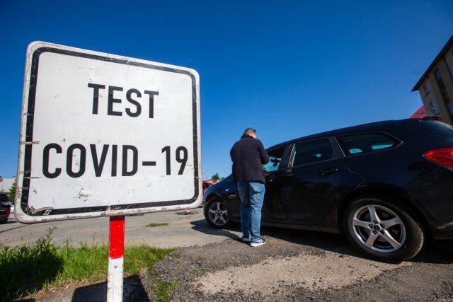 Hromadné  testování polských zaměstnanců Škoda Auto na Covid-19
