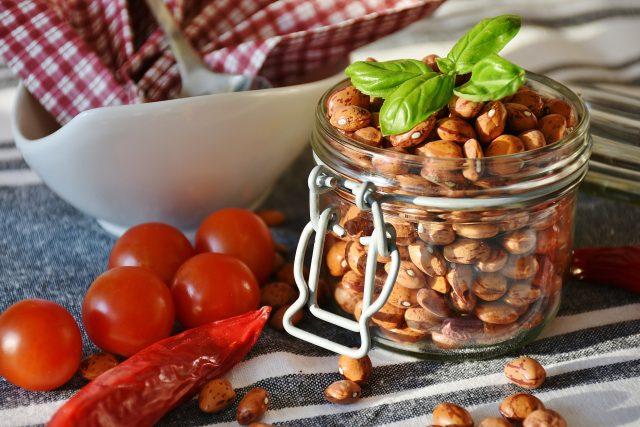 Luštěniny jsou skvělá potravina! A fazole obzvlášť. Udělejte si je dušené s rajčaty  (ilustrační foto) | foto: Fotobanka Pixabay