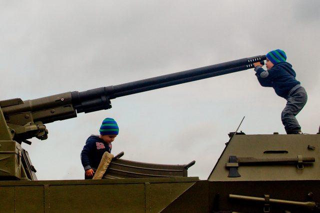 Pardubické vojenské retroměstečko | foto: Martin Veselý,  MAFRA / Profimedia