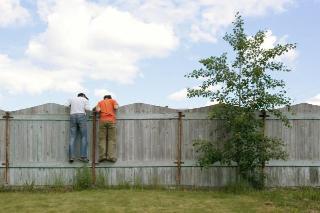 Chcete vycházet se sousedy? Respektujte jejich právo na soukromí
