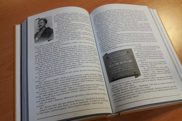 Kniha Ta země je i tvá vyšla ke stému výročí zrození republiky