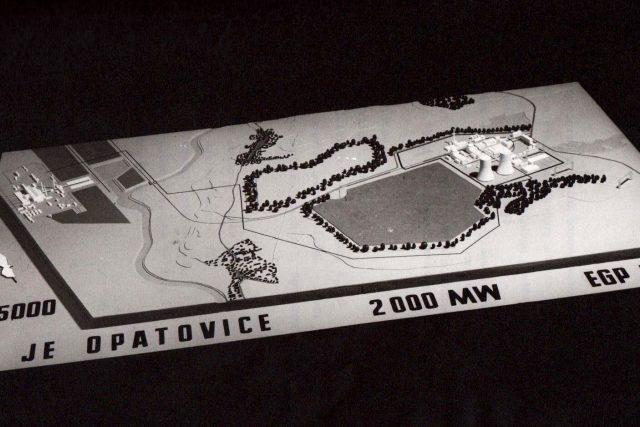 Maketa jaderné elektrárny Opatovice nad Labem, z povrchu by zmizely tři nejbližší vesnice