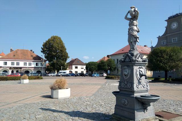 Grácie Mařenka zdobí dašické náměstí T.G. Masaryka | foto: Jiří Fremuth,  Český rozhlas