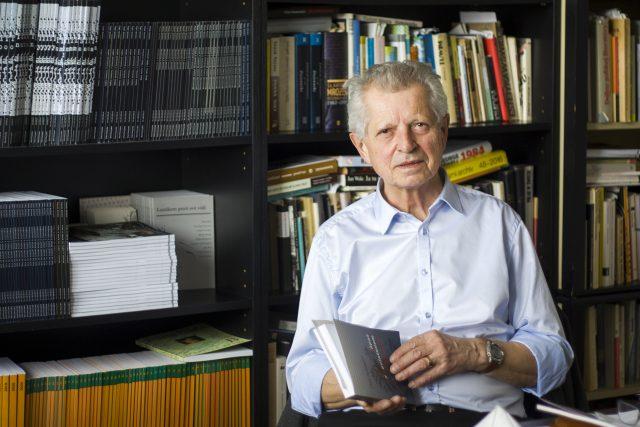Láska k literatuře přivedla Petra Posledního nejprve na Filozofickou fakultu Karlovy univerzity  (ilustrační foto) | foto: Jan Pražák,  Univerzita Pardubice