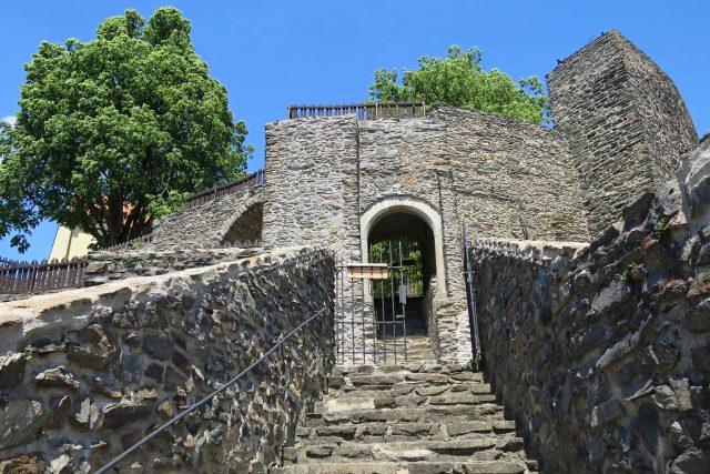 Vstup na hrad Svojanov z areálu gotické zahrady   foto: Tereza Brázdová,  Český rozhlas