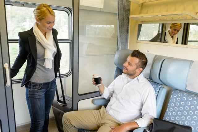 Muž a žena ve vlaku | foto: Profimedia